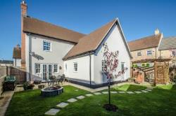 Detached House For Sale Silsoe Bedford Bedfordshire MK45