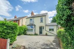 Detached House For Sale  Bedford Road Hertfordshire SG5
