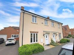 Semi Detached House For Sale  Stotfold Hertfordshire SG5