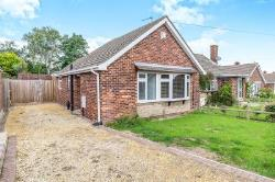 Semi - Detached Bungalow To Let High Halstow Rochester Kent ME3