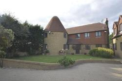 Detached House To Let Hoo Rochester Kent ME3