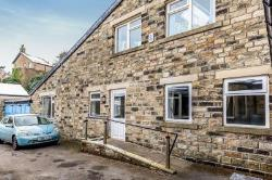 Flat To Let  Keighley West Yorkshire BD20