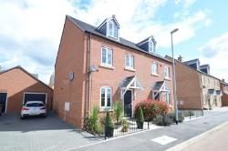 Semi Detached House For Sale Wellingborough Northamptonshire Northamptonshire NN9