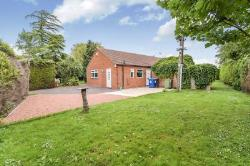 Detached Bungalow For Sale Newton-On-Trent Lincoln Lincolnshire LN1