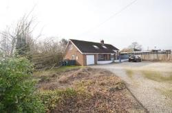 Detached House For Sale  Torksey Lock Lincolnshire LN1