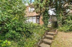 Detached House For Sale Southfleet Gravesend Kent DA13