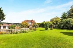 Detached House For Sale East Farleigh Maidstone Kent ME15