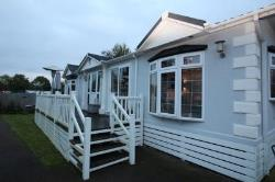 Detached Bungalow To Let Yalding Maidstone Kent ME18
