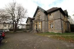 Detached House To Let  Plymouth Devon PL4