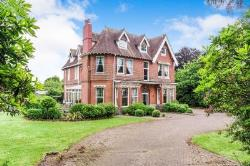 Detached House To Let  Yelverton Devon PL20