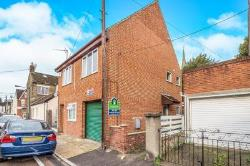 Semi Detached House To Let  Rochester Kent ME2