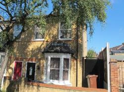 Semi Detached House To Let Walthamstow London Greater London E17