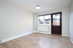 Flat To Let  London Greater London E17