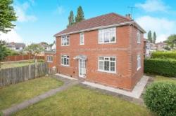 Detached House To Let  Wolverhampton Staffordshire WV10