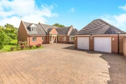Detached House To Let  Stockton-On-Tees Cleveland TS16