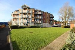 Flat To Let  Southampton Hampshire SO18