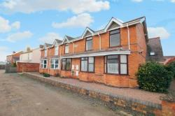 Flat To Let Hallow Worcester Worcestershire WR2