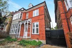 Flat To Let  London Greater London SE25
