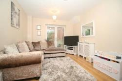 Detached House To Let  Greenhithe Kent DA9