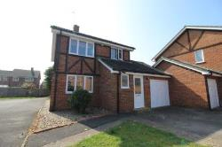 Detached House To Let Englefield Green Egham Surrey TW20
