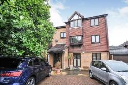 Flat To Let  London Greater London SE12