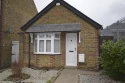 Detached Bungalow To Let  Faversham Kent ME13