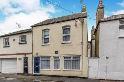Semi Detached House To Let  Herne Bay Kent CT6