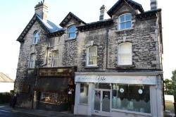 Flat To Let  Grange-Over-Sands Cumbria LA11