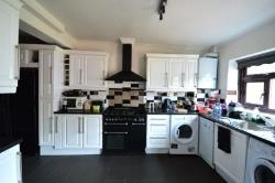 Semi Detached House To Let  Gravesend Kent DA11