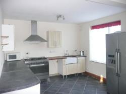 Semi Detached House To Let Bedhampton Havant Hampshire PO9