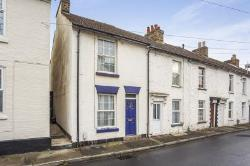 Semi Detached House To Let  Maidstone Kent ME14