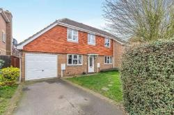 Semi Detached House To Let Weavering Maidstone Kent ME14
