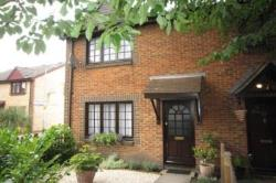 Semi Detached House To Let  London Greater London SE14