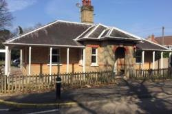 Detached Bungalow To Let Sarisbury Green Southampton Hampshire SO31