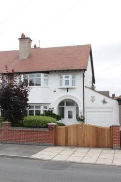 Detached House For Sale  Wirral Merseyside CH47
