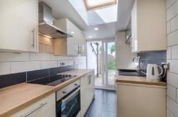 Terraced House For Sale  Leatherhead Surrey KT22