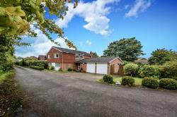 Detached House For Sale  Halton Village Aylesbury Buckinghamshire HP22
