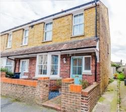 Terraced House For Sale  Broadstairs Kent CT10