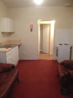 Flat To Let  Pontefract West Yorkshire WF7