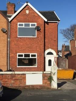 Detached House To Let  Southport Lancashire PR9