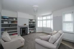 Flat For Sale  Pinner Middlesex HA5