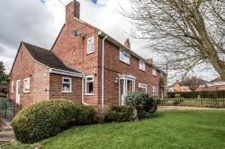 Detached House For Sale  Greens Norton Northamptonshire NN12
