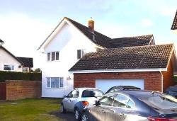 Detached House For Sale  Leavenheath Essex CO6