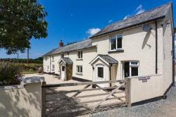 Detached House For Sale  Beaworthy Devon EX21