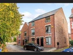 Detached House For Sale  Manchester Greater Manchester M22