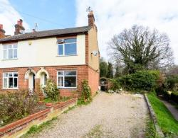 Detached House For Sale  23 Whitehall Close Essex CO2