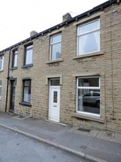 Terraced House For Sale  Huddersfield West Yorkshire HD5