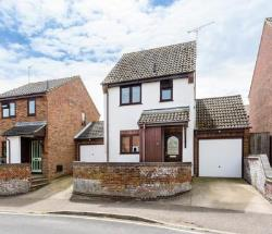 Detached House For Sale  3 Harvey Close Essex CO11