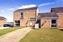 Detached House For Sale  20 Chestnut Way Suffolk IP27