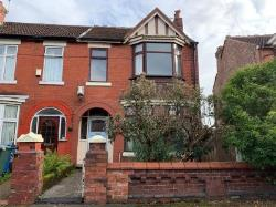 Detached House For Sale  27 Circular Road Greater Manchester M25